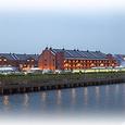 夕暮れの赤レンガ倉庫